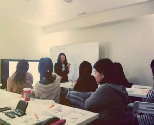 Teaching Essay Writing Skillls in South Korea
