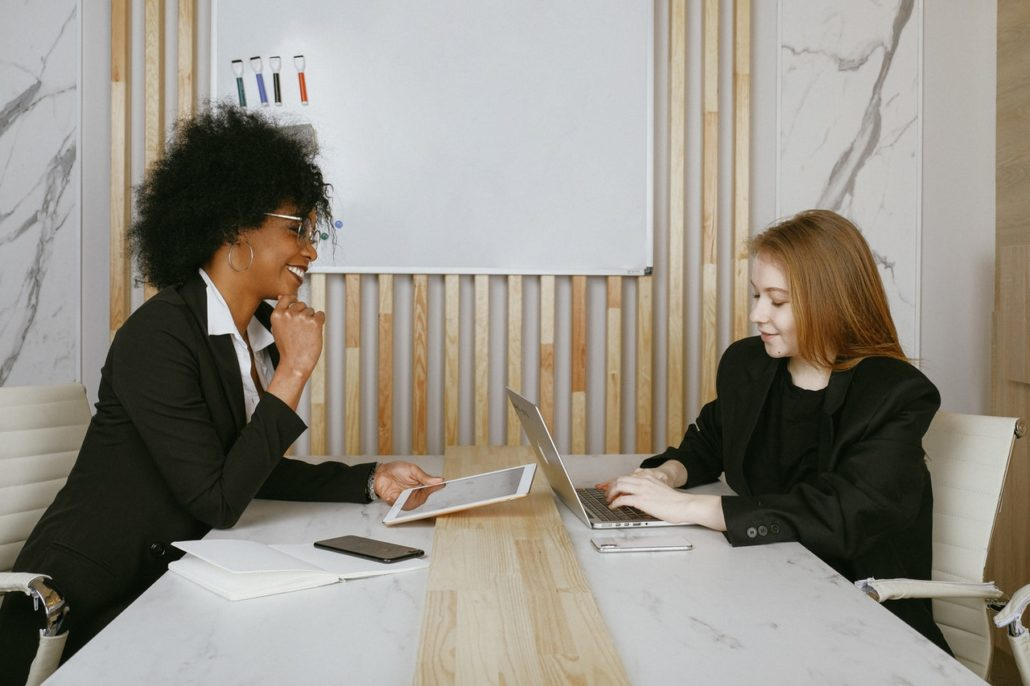 Teach Business Learners to Socialize – Making Small Talk with a Visiting Client